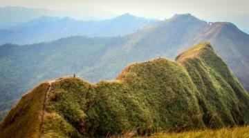 เดินป่าในเมืองไทย